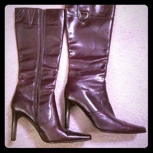 Aldo boots in maroon/brown